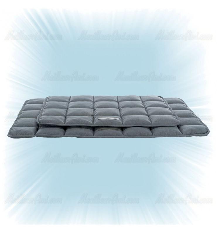 Couverture matelassée grise